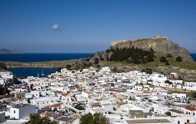 1200px-Lindos_Village_Overview