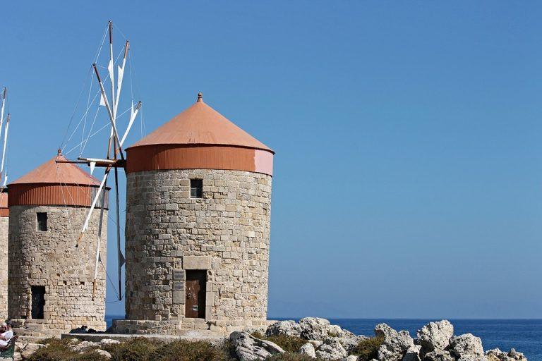 windmills-2911957_960_720